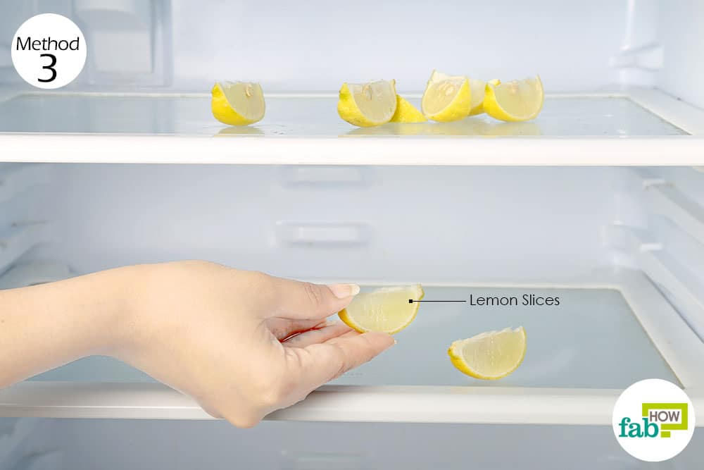 Use Lemon Slices To Remove Odor From Refrigerator