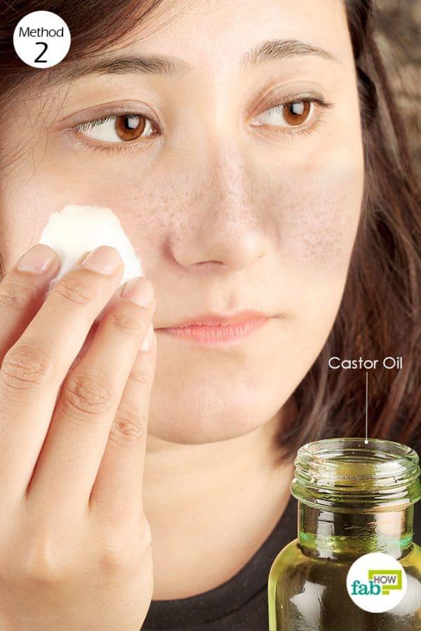 apply castor oil to get rid of melasma