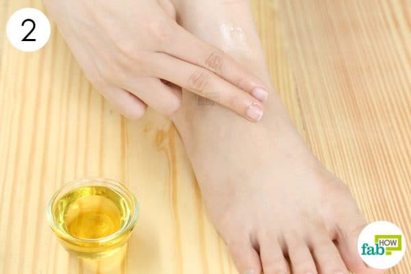 Massage the oil blend on your aching feet to get rid of foot pain