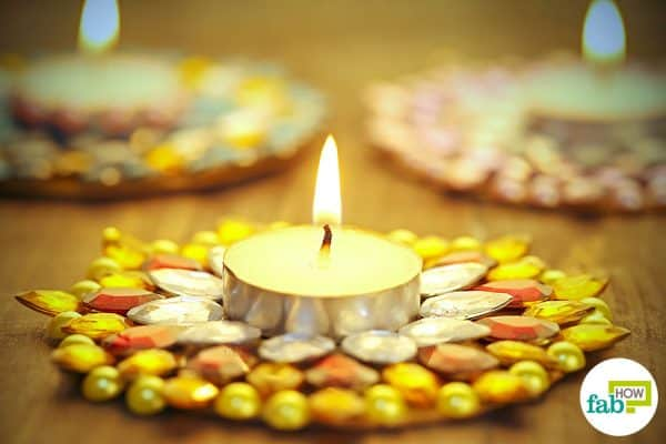 Light upthe beautiful kundan diyas to brighten up your home and office this Diwali