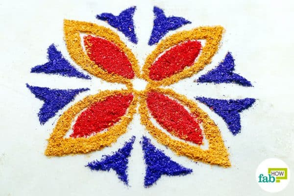 how to draw rangoli on paper