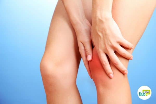 Knee pain can make it difficult to carry out everyday activities to get rid of knee pain