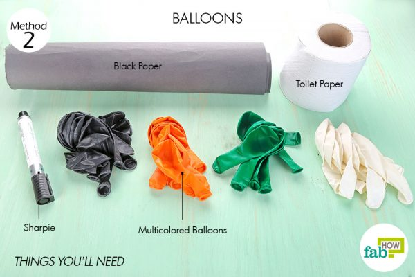 Things needed to make DIY Halloween decorations with balloons