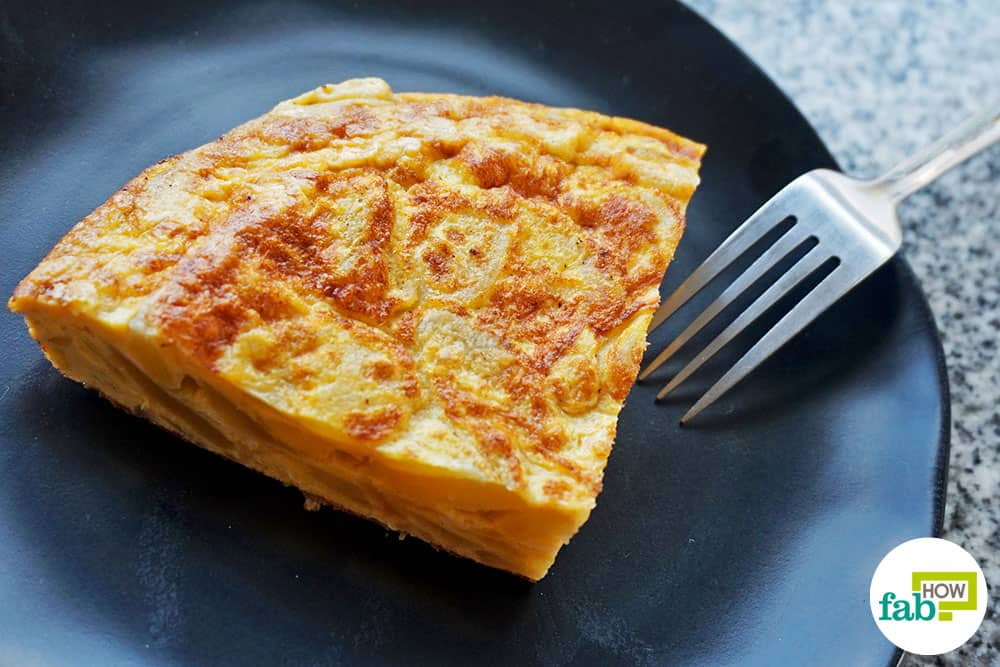 How to Make Tortilla de Patatas: Authentic Spanish Omelette Recipe