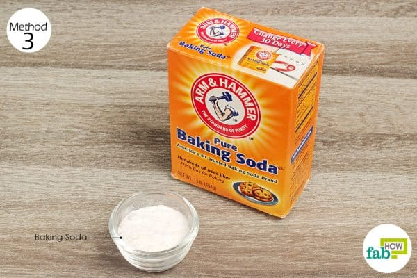 Place a pouch of baking soda in laundry bag for laundry hack