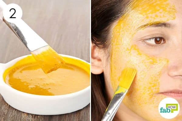 Apply the turmeric face mask for glowing skin