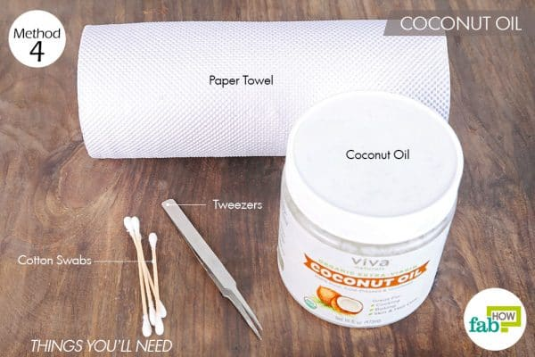 Things needed to clean false eyelashes using coconut oil