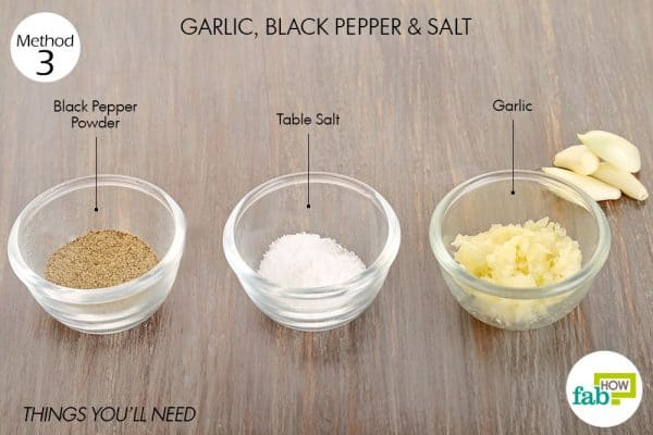 Things needed to make poultice using garlic for tooth-related troubles