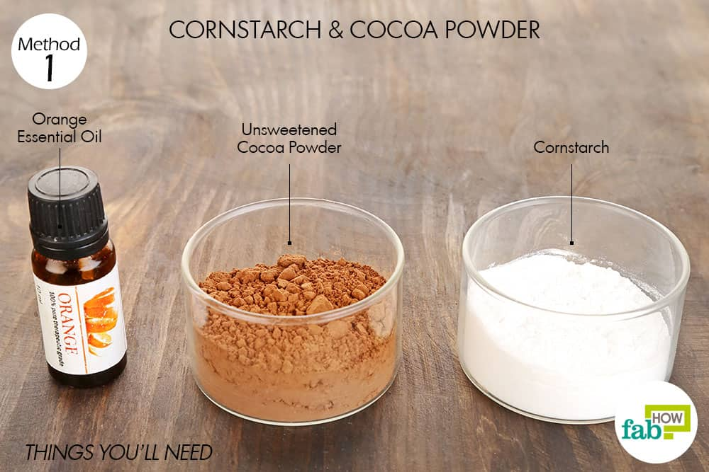 Things you'll need to make DIY dry shampoo using cornstarch