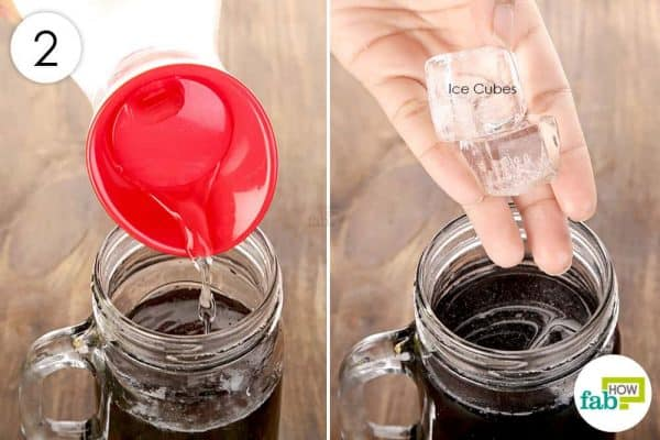 Add chilled water and ice cubes; mix well to use activated charcoal for health