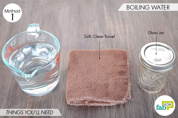 Things needed to sterilize glass jars and bottles using boiling water