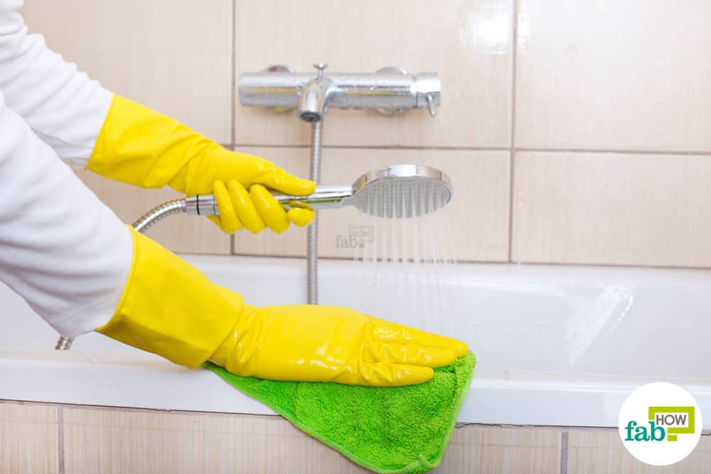 Ways To Use Dawn Dish Soap For Cleaning Pest Control And More - Dawn bathroom cleaner