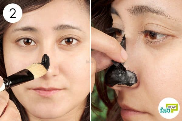 Apply this DIY activated charcoal mask to use activated charcoal for beauty