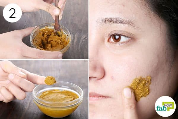 mix and apply to use turmeric for skin lightening