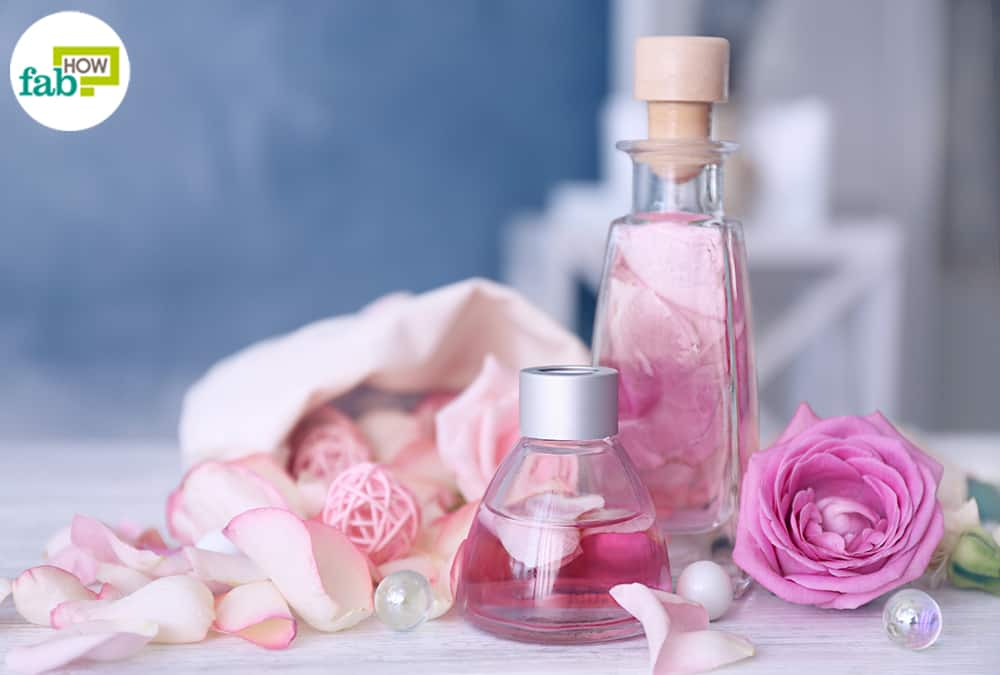 top 10 ways to use rose water for super glowing skin