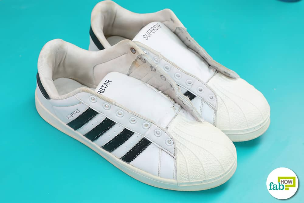 Learn two simple methods to clean Adidas Superstar the right way