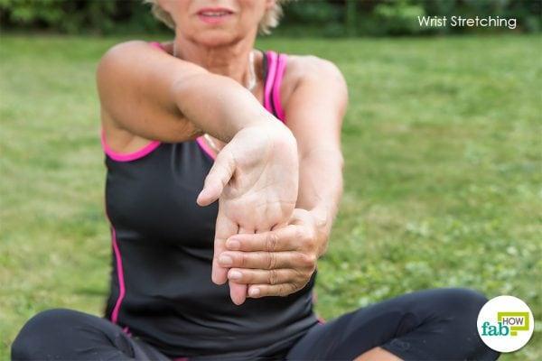 wrist stretching